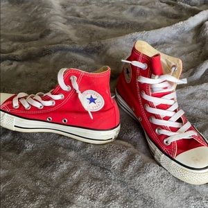 Used red high top converse